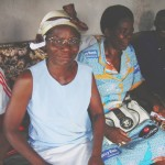 CapSudEmergences-Projets-Solidaires-Dons-Lunettes-Cameroun-4
